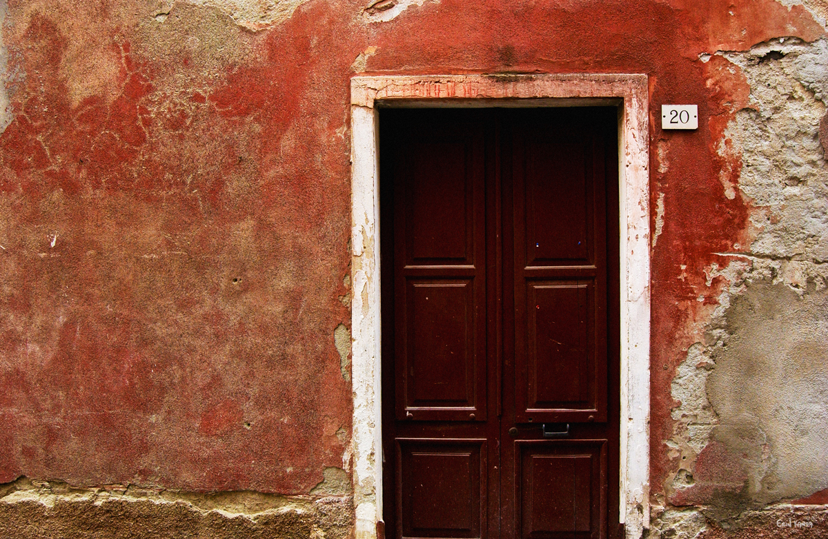 Red-Door-Monterosso