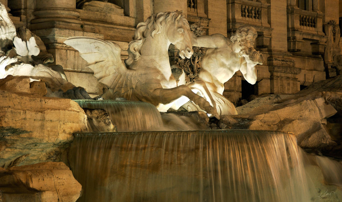 Trevi-Fountain-